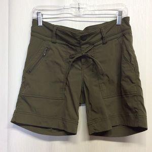 Prana Shorts Olive Green Hiking Camping Size 4